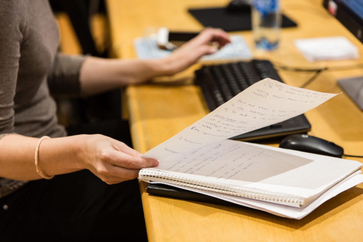 Hvorfor så trangt i Regjeringskvartalet, statsråd Mæland?